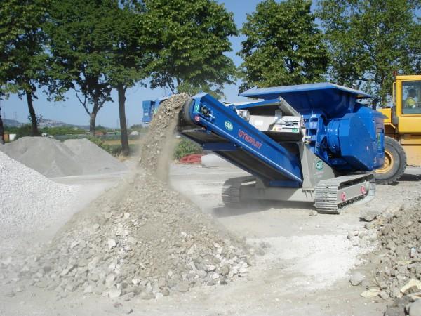 UTM 750 Raupenmobiler Bauschuttschredder - 2 Wellen Zerkleinerer