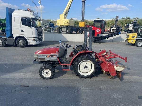 F180 4WD Kompakt Traktor